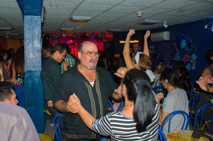Submarino Amarillo Dancing-0415.jpg